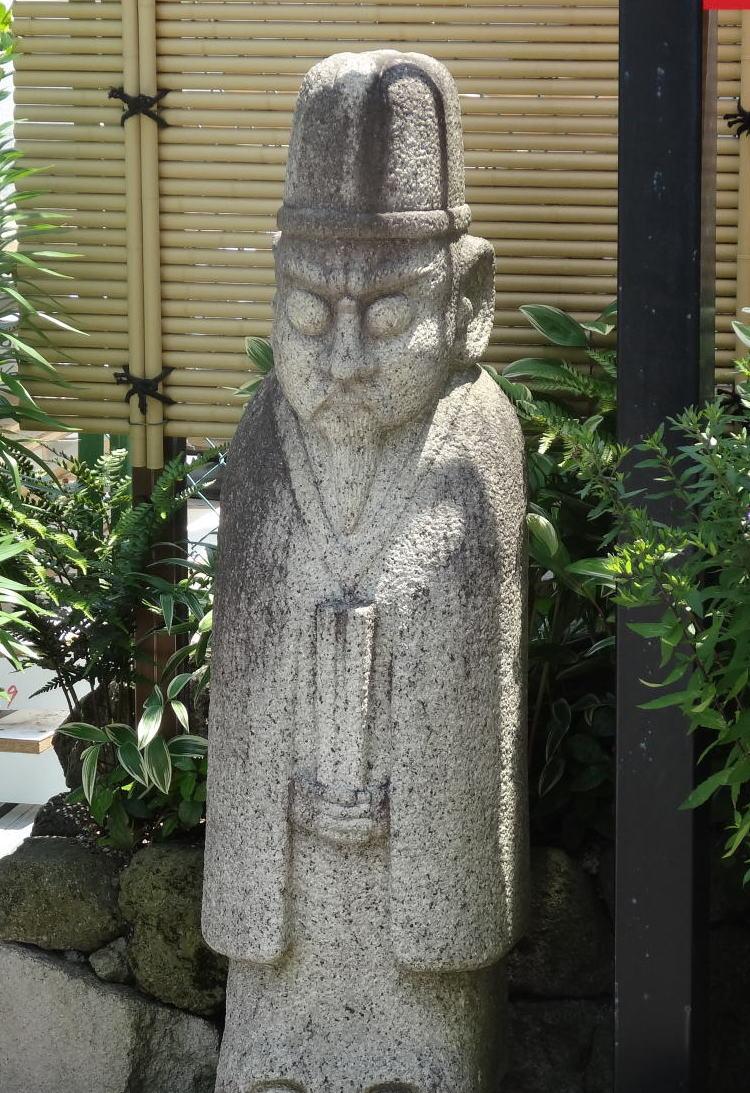 ラカッポの石人像