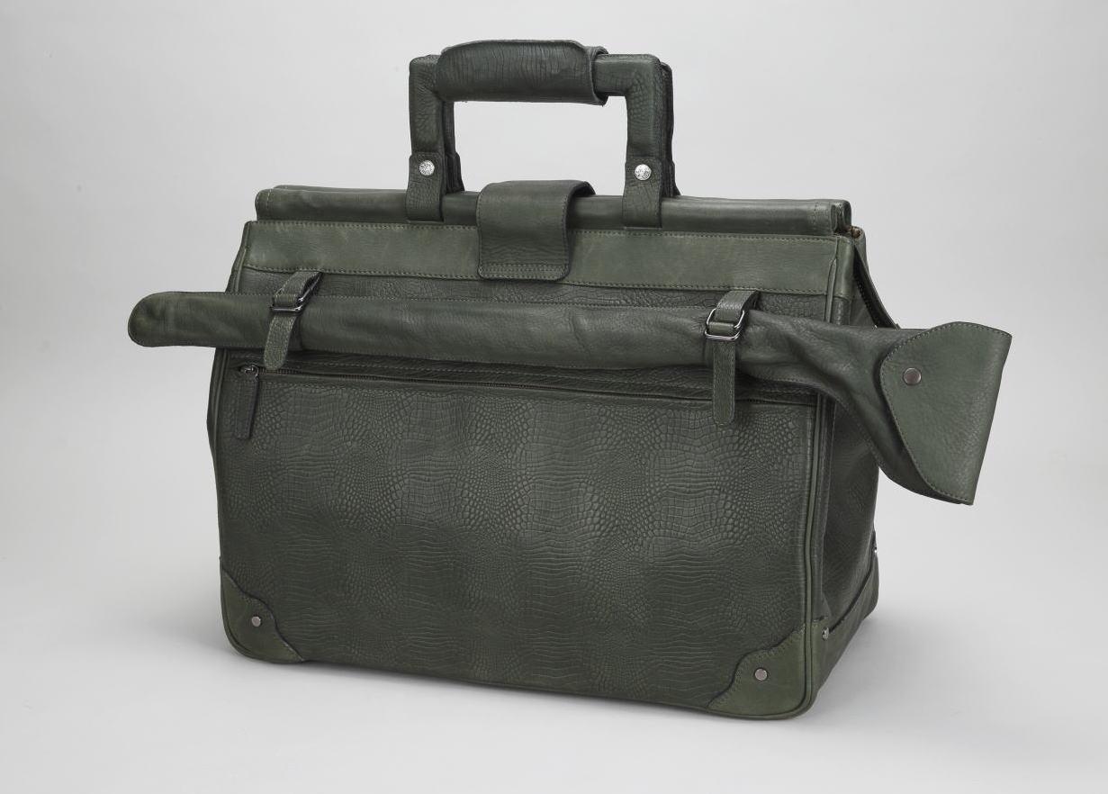 オーダーメイドの鞄
