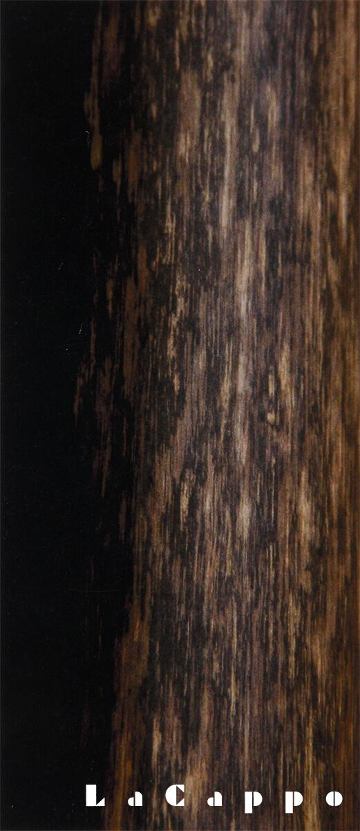 65mm丸の床柱(全面細かい黒柿目がある珍しい柱)