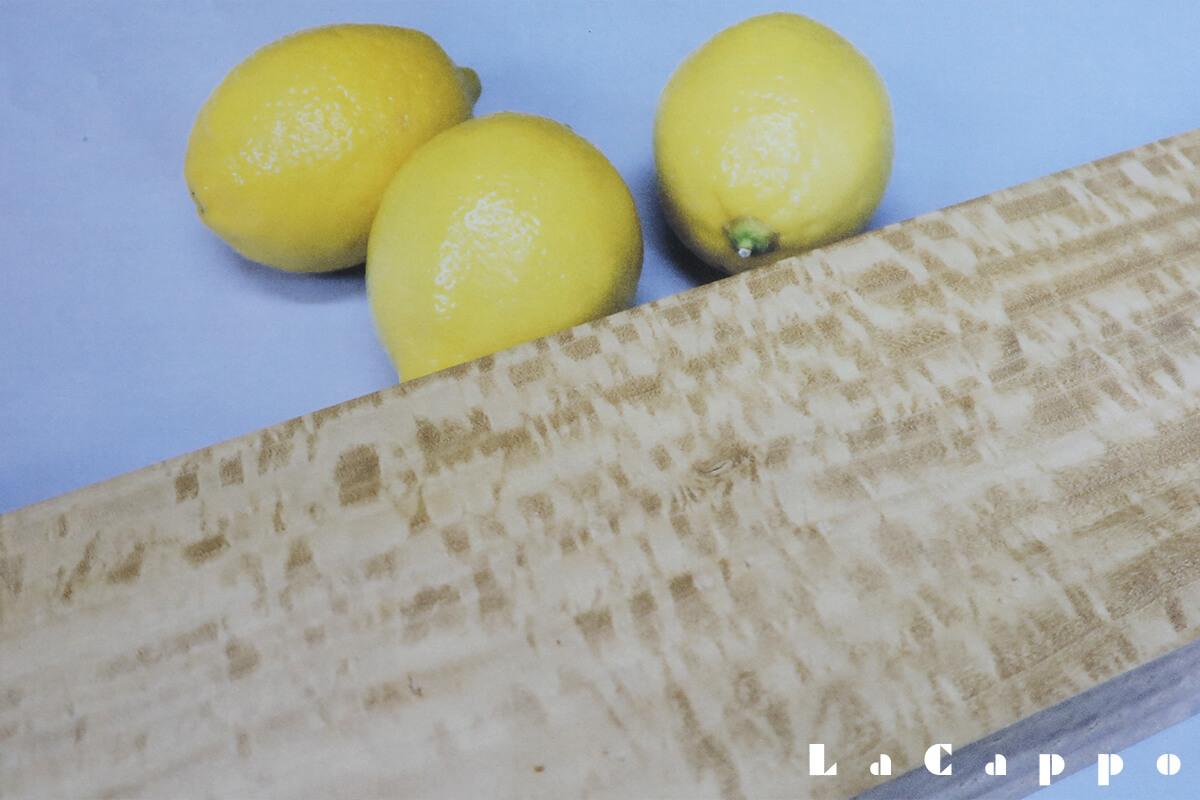レモンの果実・レモンの木の挽肌:縮緬(チリメン)杢