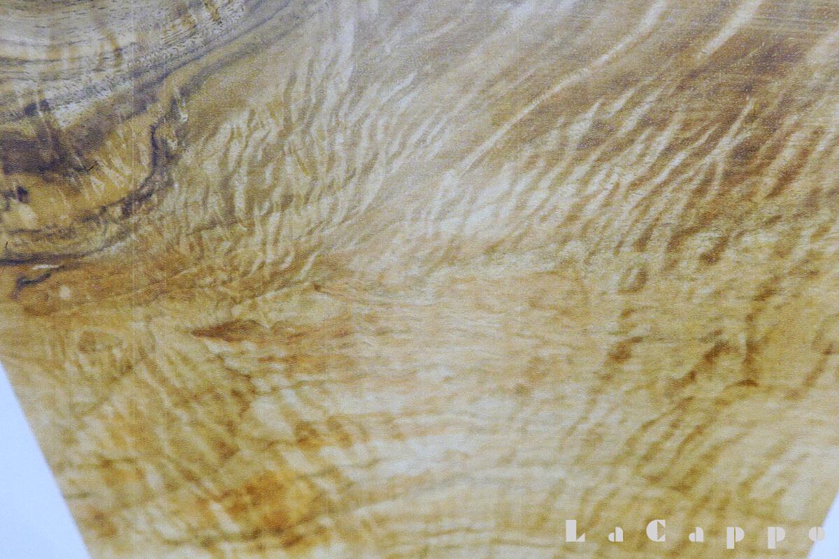 クラロウォールナットのコブ杢目