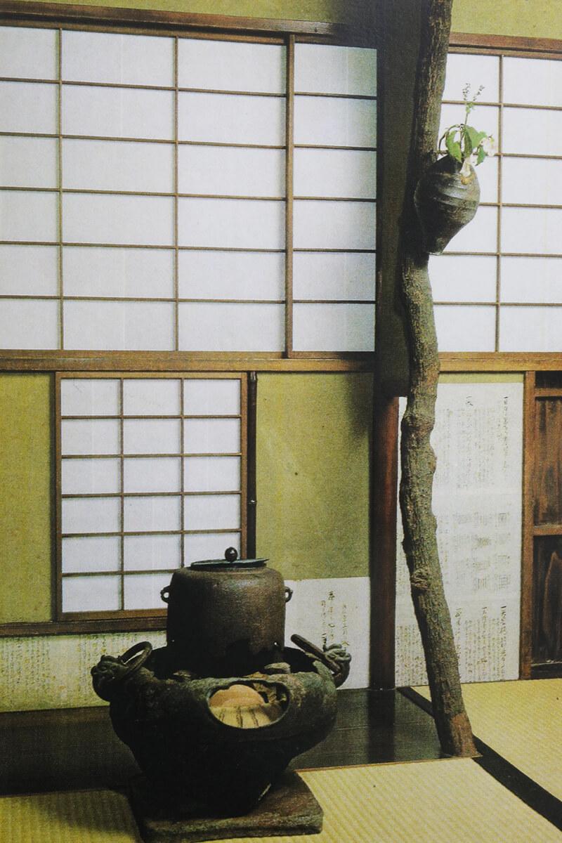 東京在京の茶家の茶室台目柱(だいめい)の使い方としては最高の意匠